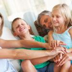 Polscy rodzice mają prawo do bezpłatnej opieki nad dziećmi