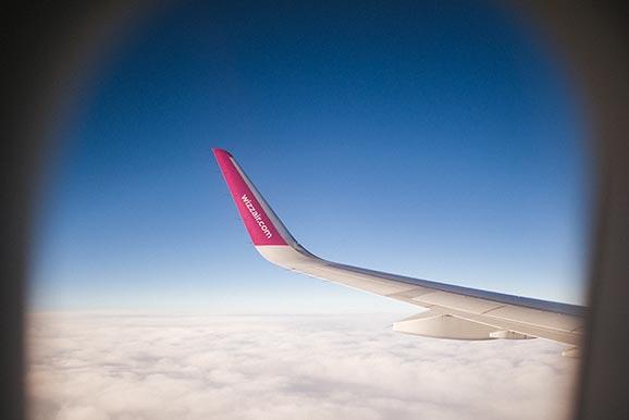Widok z okna samolotu Wizzair